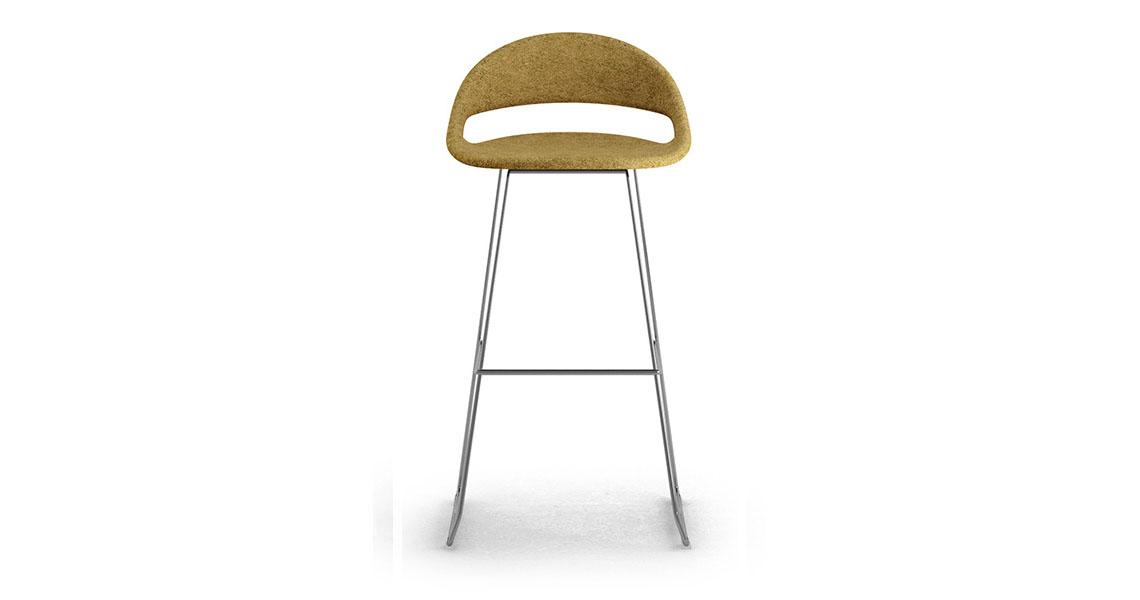 design barhocker mit 4 fuss holt leyform. Black Bedroom Furniture Sets. Home Design Ideas